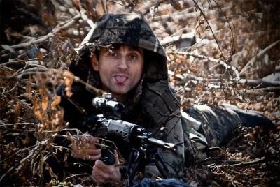 Сербский снайпер Новороссии ЖИВ!