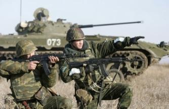 Армия остается у границы