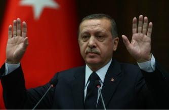 Турок склоняют к измене