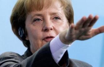 Меркель грозит новыми санкциями