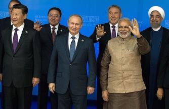 Русский, китаец и индус