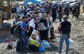 Русским предлагают мигрантов