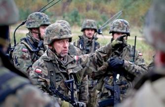Варшава готовится к войне
