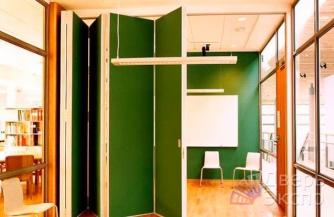 Жалюзийные двери — необычно и стильно