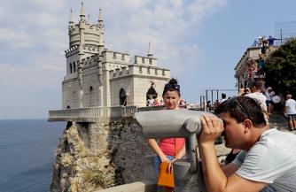 Туристическая блокада Крыма захлебнулась