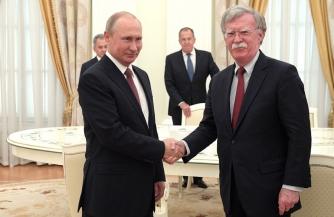 Советник Трампа приехал в Москву