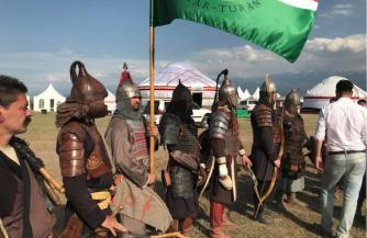 Венгры гордятся Тураном
