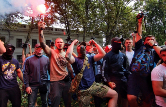Война выжигает актив неонацистов