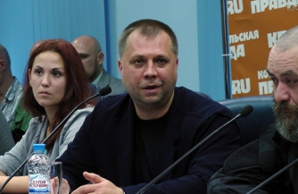 Шабаев под столом у Путина