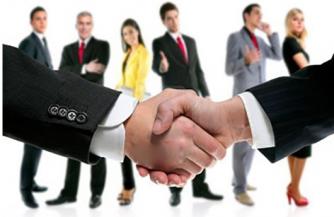 Профессиональный подбор персонала через кадровые агентства.
