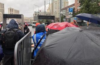 Макаренко рассказал о возмущении москвичей незаконными акциями оппозиции в столице