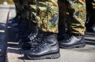 Босые солдаты бундесвера