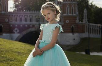 Советы по выбору детского платья от стилистов