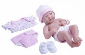 Пупсы для девочек: особенности современных детских игрушек