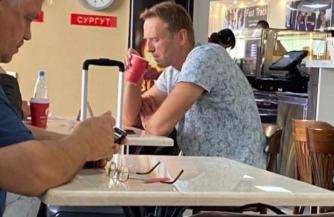 Врачи объяснили, почему Навального нельзя транспортировать в Германию