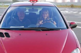 Преимущества обучения вождению в автошколе