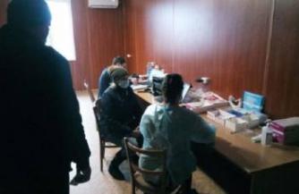 Тестирование на коронавирус на КПВВ Станица Луганская