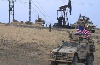 Американцы за сутки вывезли 25 цистерн с краденной сирийской нефтью в Ирак