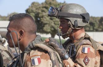 Политолог Димитриев: Франция не должна приказывать России