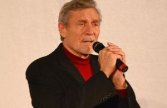 Александр Михайлов выступил в Луганской филармонии
