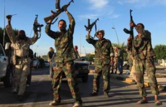 Ливийские власти пытаются остановить наступление исламистов
